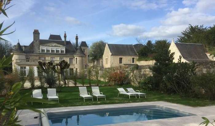 Best rates for hotel rooms and beds in Azay-le-Rideau
