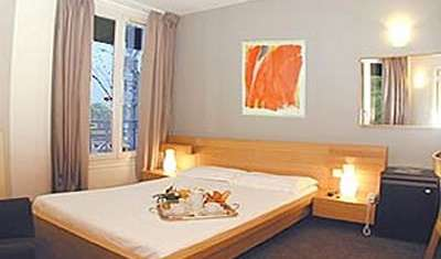we offer the best guarantee for low prices in Paris, France