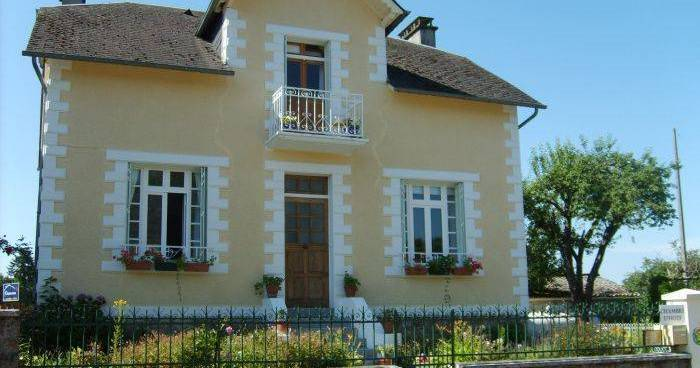 cheap hotels in Limousin
